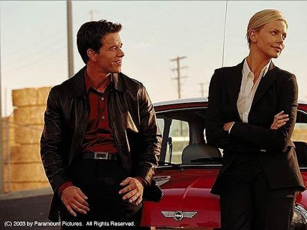 Mark Wahlberg y Charlize Theron en 'The Italian Job'