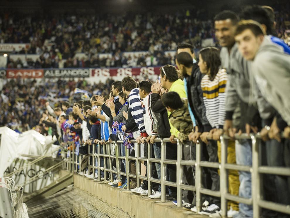 La afición durante el Real Zaragoza - Levante