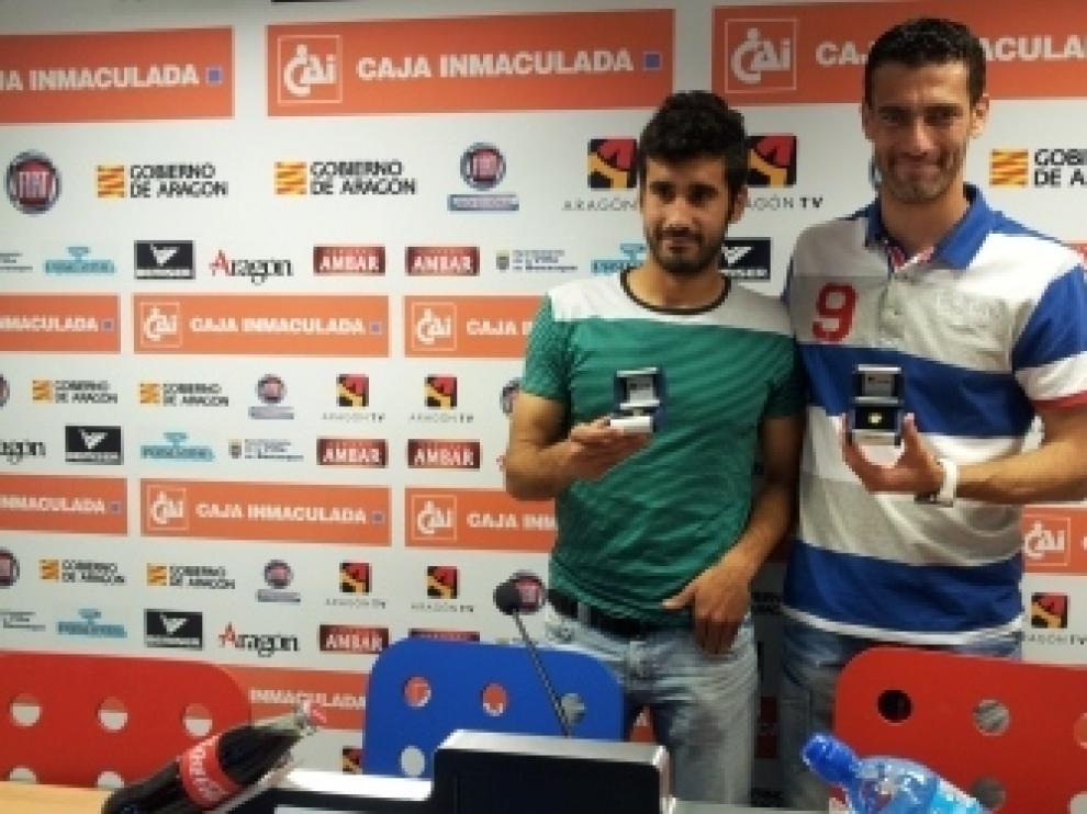 Roberto y Sastre reciben la insignia de oro del club