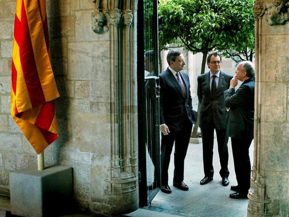 Artur Mas y el presidente del Banco de España antes de la cena de anoche