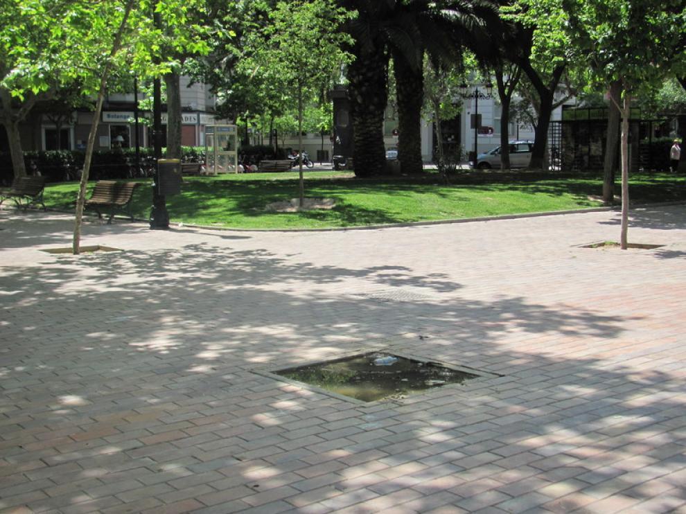 Estado en que se encuentra el pavimento de la plaza de Los Sitios