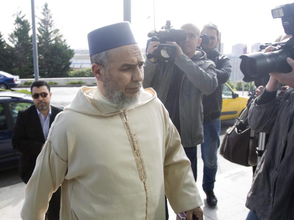 El imán a su llegada esta mañana a los juzgados