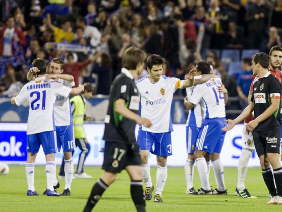 Los jugadores, satisfechos tras la victoria
