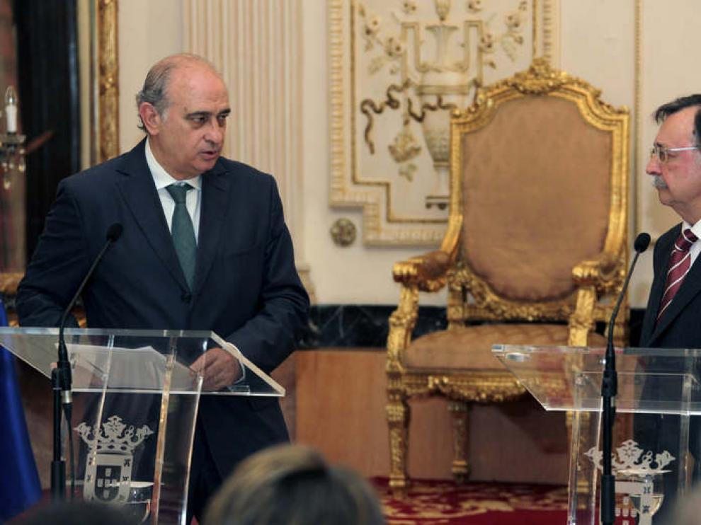 El ministro en Ceuta donde ha lanzado la advertencia