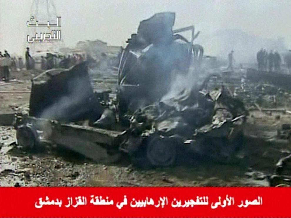 Imagen difundida por la televisión siria que muestra las consecuencias de una de las explosiones