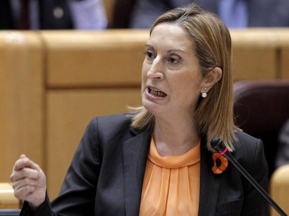 Ana Pastor en un pleno del Senado