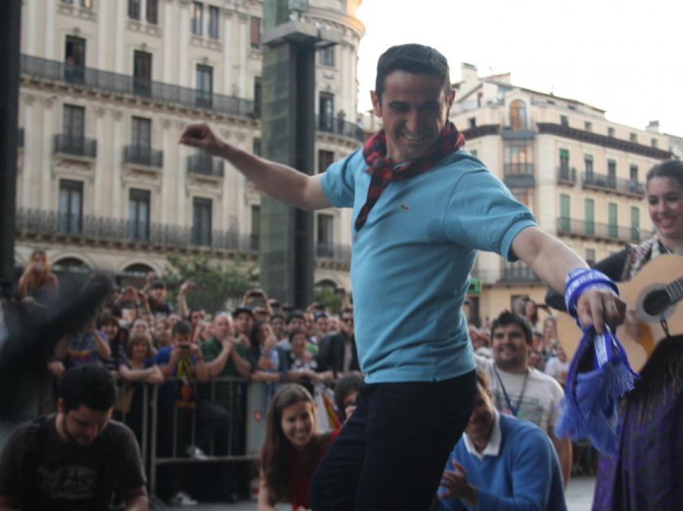 Manolo Jiménez bailando jota