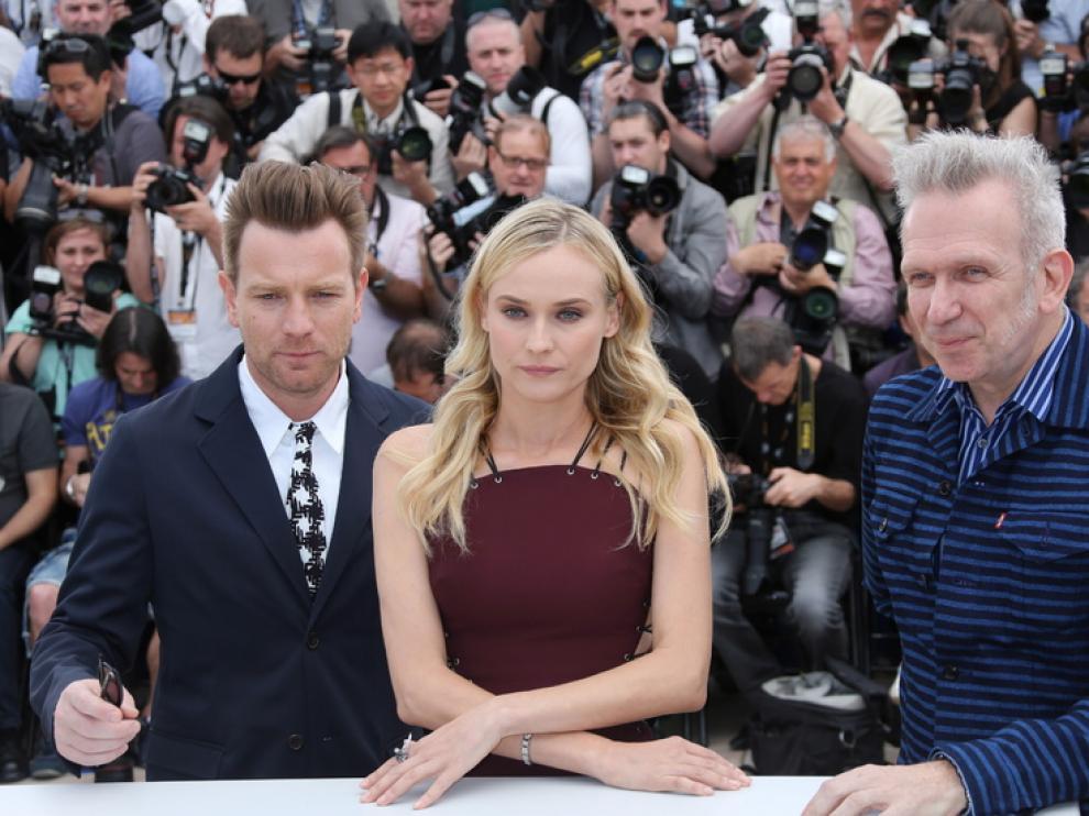 Diane Kruger y Ewan Mc Gregor se mostraron ilusionados en la primera jornada del festival