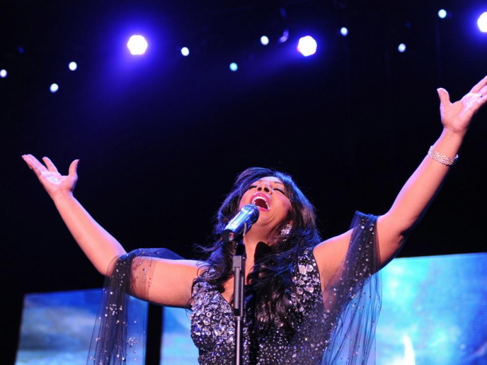 La cantante Donna Summer fallecía en Florida a los 63 años de edad, víctima de un cáncer.
