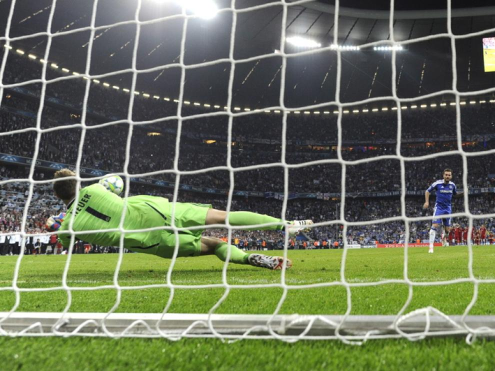 Mata falló uno de los penaltis del Chlesea