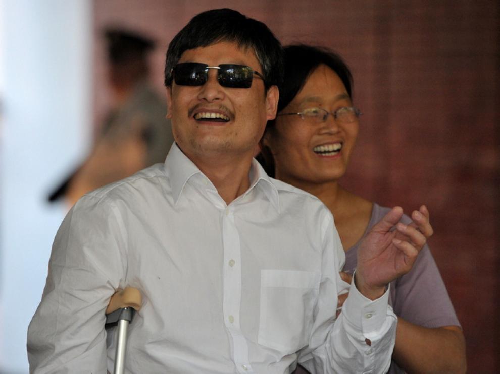 Chen Guangcheng y su mujer, ya en Estados Unidos