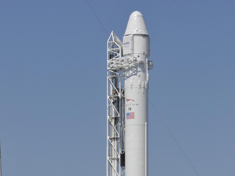 El Falcon 9 envia la cápsula Dragon al espacio