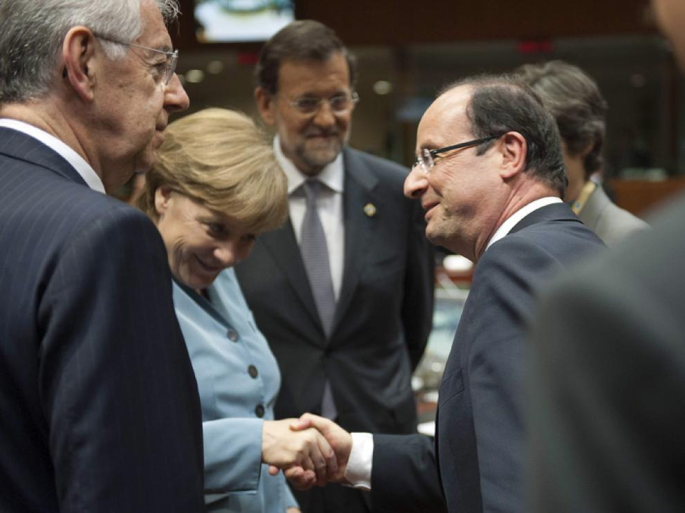 Merkel y Hollande durante el encuentro de líderes de la UE.
