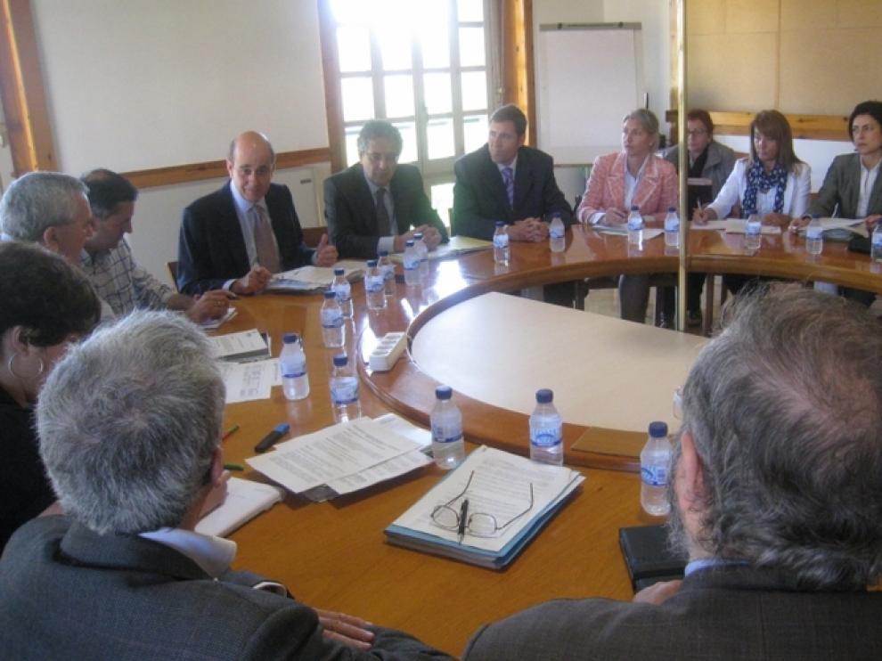 Reunión entre el Ejecutivo y las entidades sociales