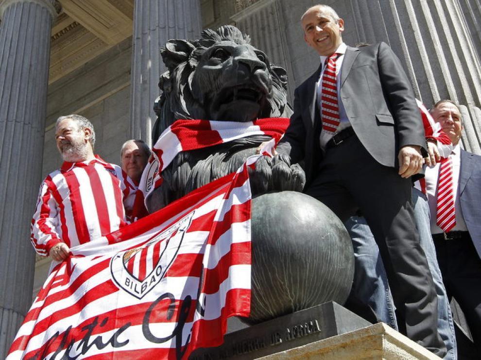 Apoyo de políticos del PNV al Athletic ante el Congreso