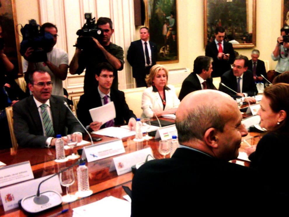 La consejera de Educación en la reunión con Wert en Madrid
