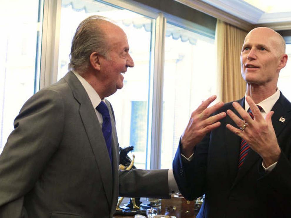 El gobernador de Florida junto al Rey