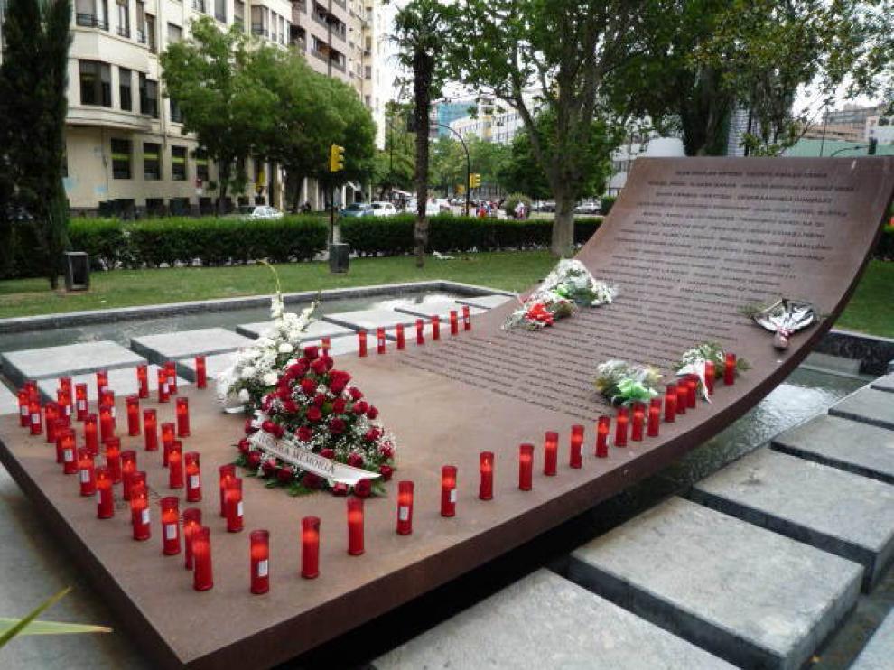 El Memorial, tras el acto.