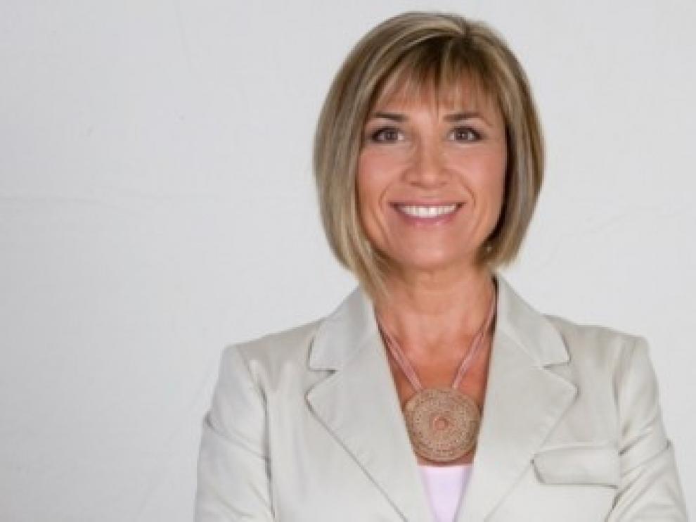 Julia Otero es la encargada de presentar el programa de entrevistas.