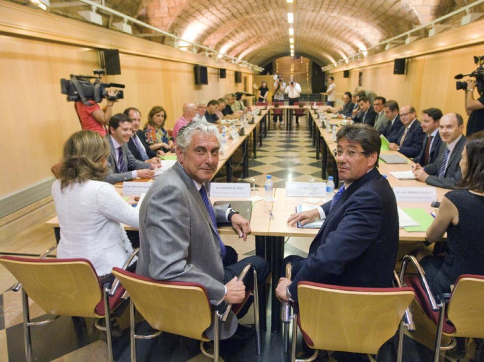 El Gobierno de Aragón, sindicatos y empresas mineras, en la mesa de la minería