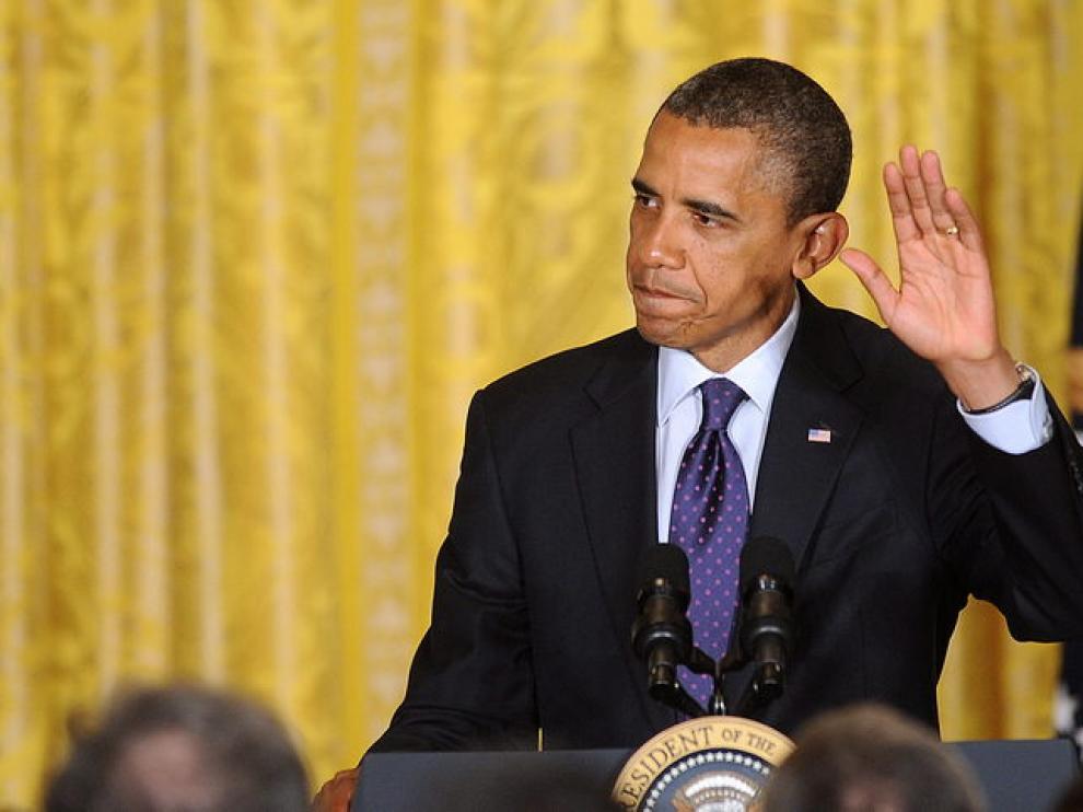 """El presidente de Estados Unidos, Barack Obama, saluda previo a un discurso hoy, miércoles 30 de mayo de 2012, durante una recepción del """"Jewish American Heritage Month"""""""
