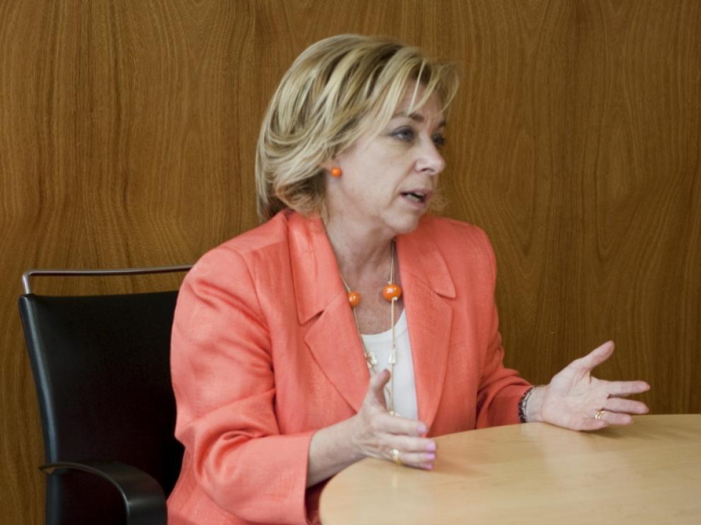 La consejera de Educación Dolores Serrat.