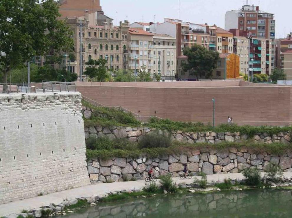 El centro, desde el Puente de Piedra.