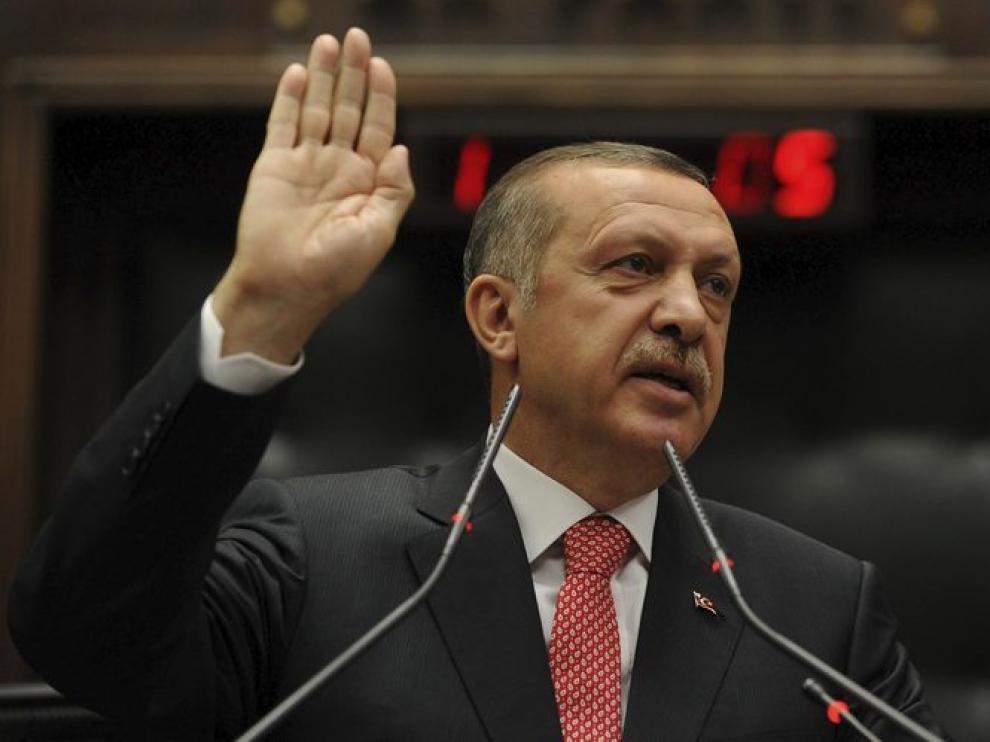 La defensa pidió la absolución, señalando que las consignas no pretendían ofender personalmente a Erdogan.