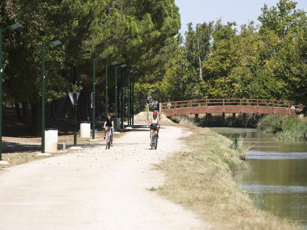 El Canal Imperial es uno de los destinos preferido por los senderistas