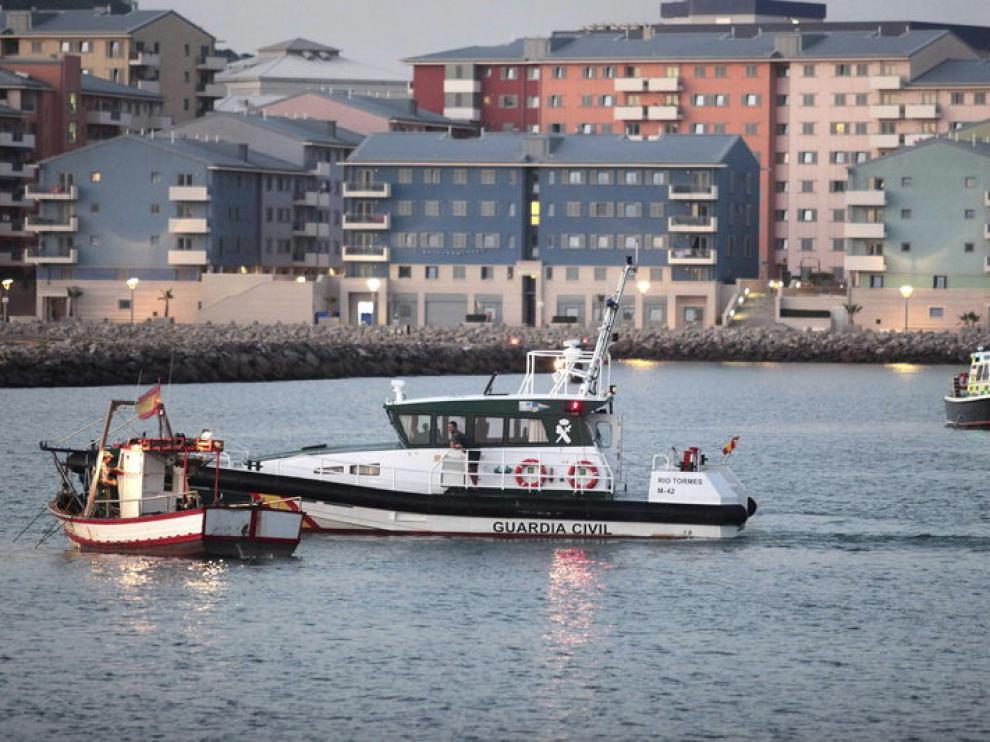 Pescadores españoles volvieron a faenar sin que nadie les haya puesto problemas