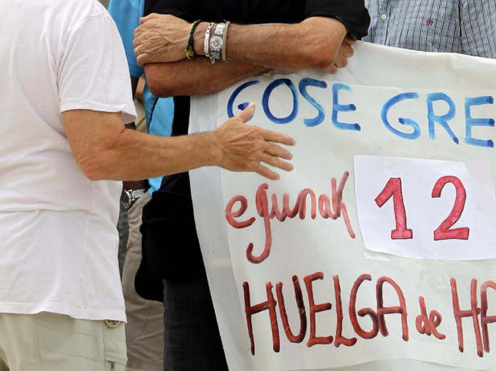 Pancarta en apoyo a Iosu Uribetxebarría