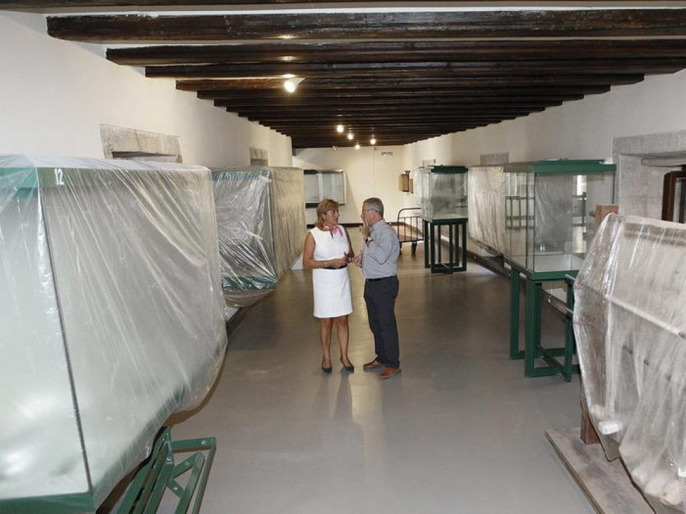 Visita al museo de la presidenta de la Diputación Provincial de Teruel, Carmen Pobo