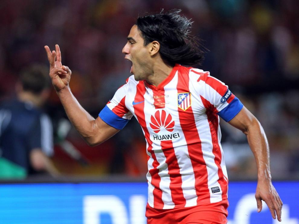 Falcao, autor de tres goles en la Supercopa
