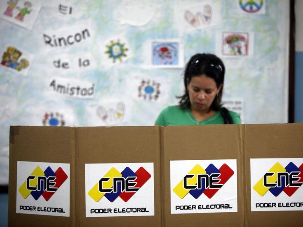 El nuevo sistema garantizará un voto secreto, según el líder de la oposición.