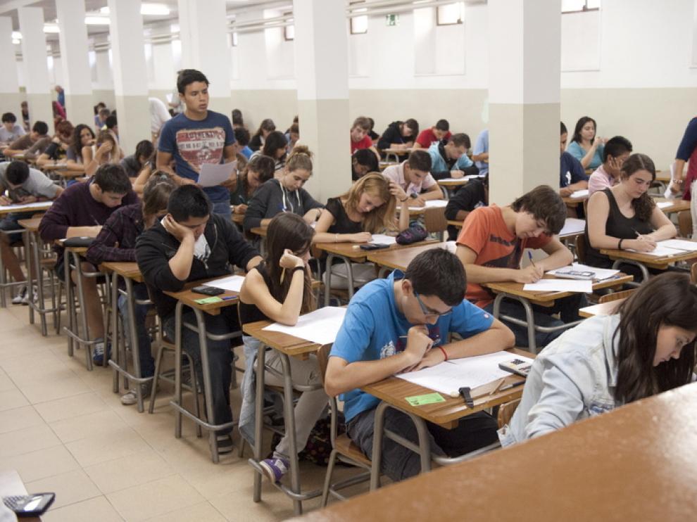 Exámenes de septiembre en el instituto Goya