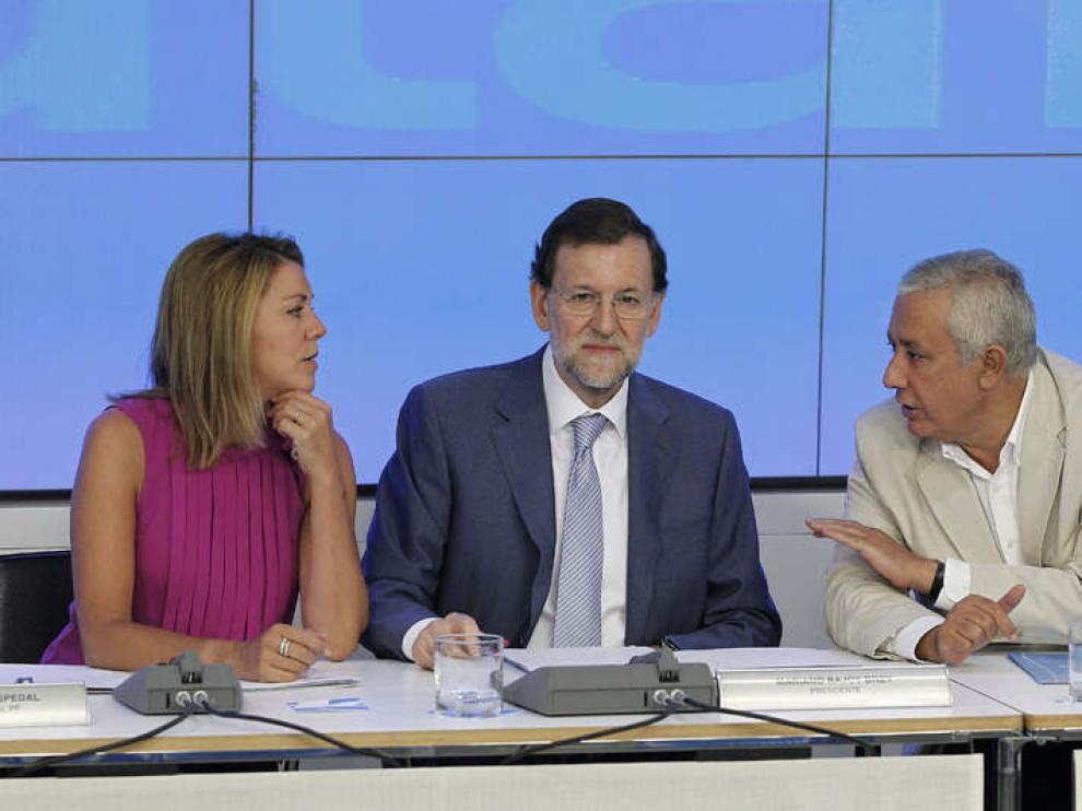 Rajoy, con Cospedal y Arenas, en la Ejecutiva del PP