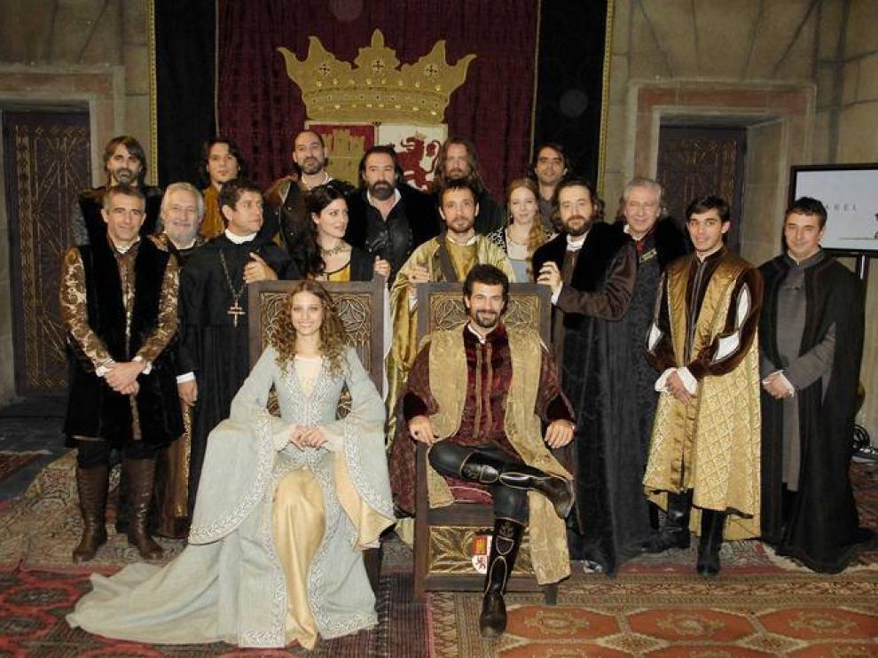El elenco de 'Isabel' protagonizada por Michelle Jenner y Rodolfo Sancho