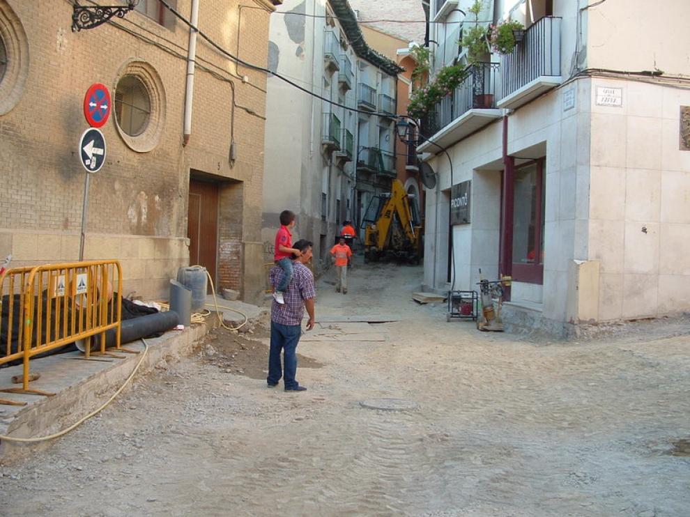 Calle de Sancho Abarca, donde han comenzado recientemente las obras de reurbanización