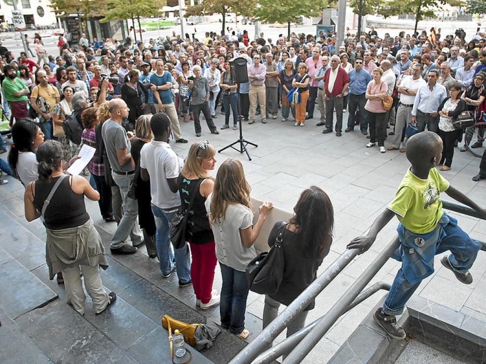 Concentración en Zaragoza por una sanidad pública universal