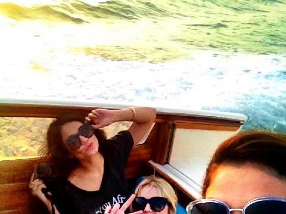 Selena Gómez junto a Vanessa Hudgens y Ashley Benson en Venecia