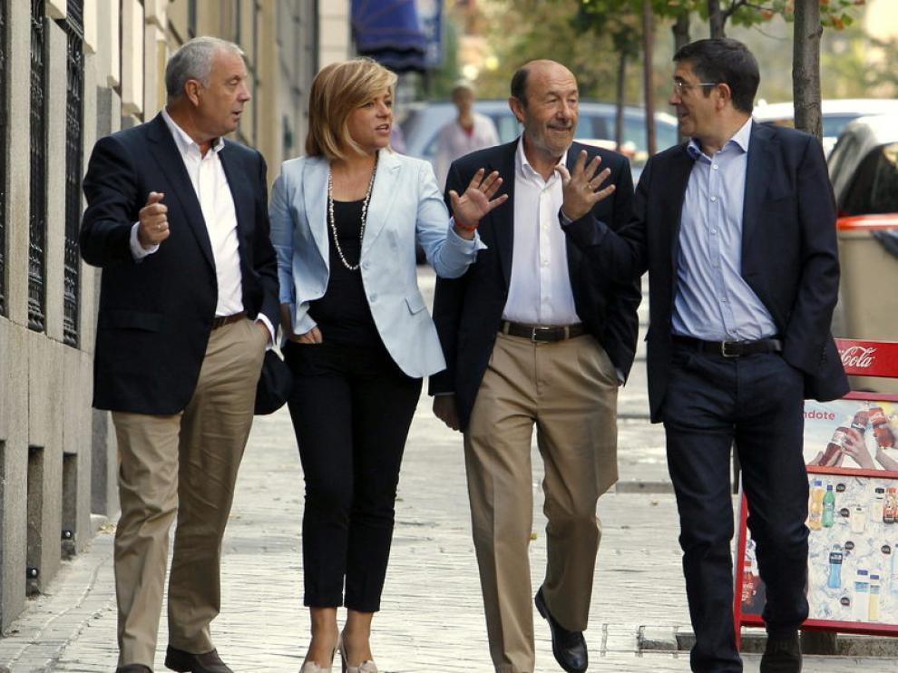 De izquierda a derecha: Pachi Vázquez, Elena Valenciano, Alfredo Pérez Rubalcaba y Patxi López