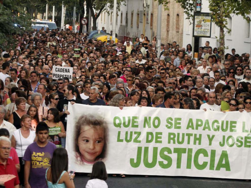 Manifestación en Córdoba por los niños Ruth y José
