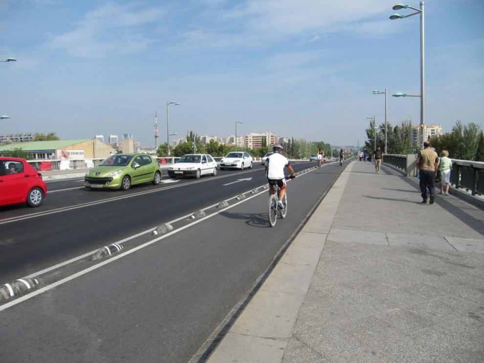 Carril bici del puente de Santiago