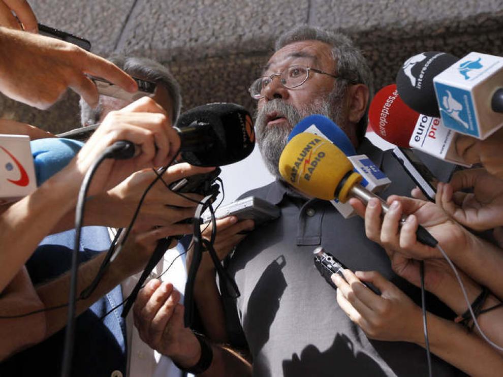 Méndez llega a una asamblea de delegados de UGT.