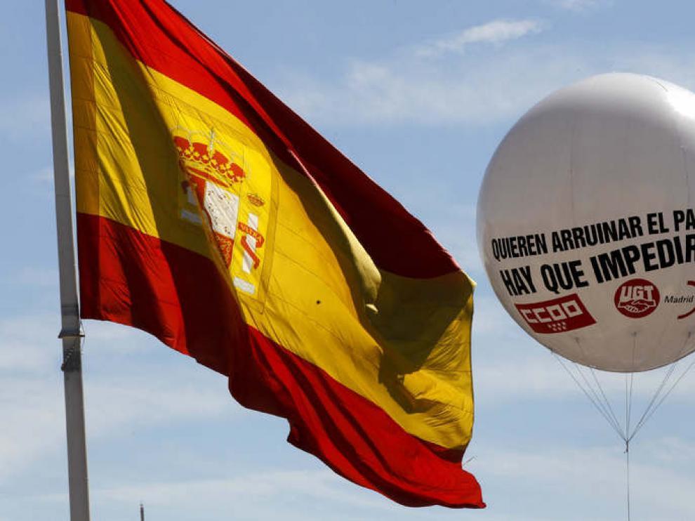 Instantanea de la manifestación al paso por Colón