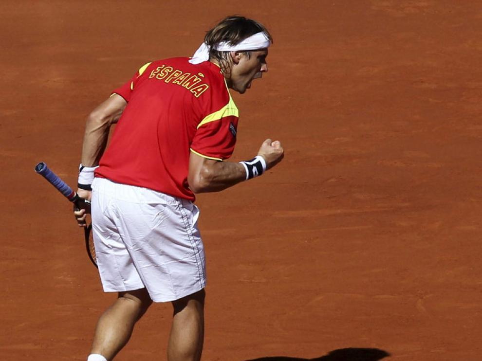 Ferrer celebra un punto en la eliminatoria de Copa Davis