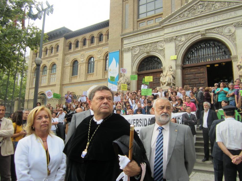 Manifestación en la apertura del curso de la UZ