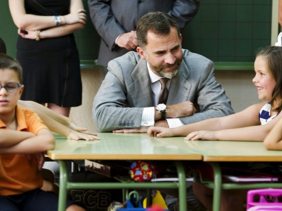 El príncipe Felipe, en la apertura del curso académico de un colegio público