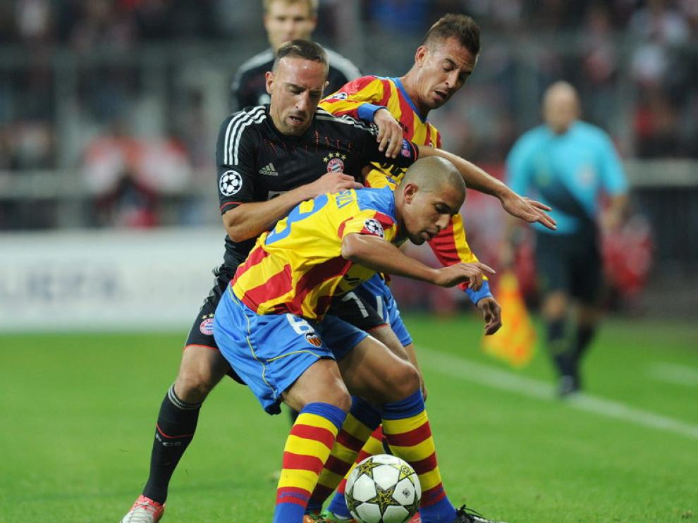 Ribéry pelea un esférico