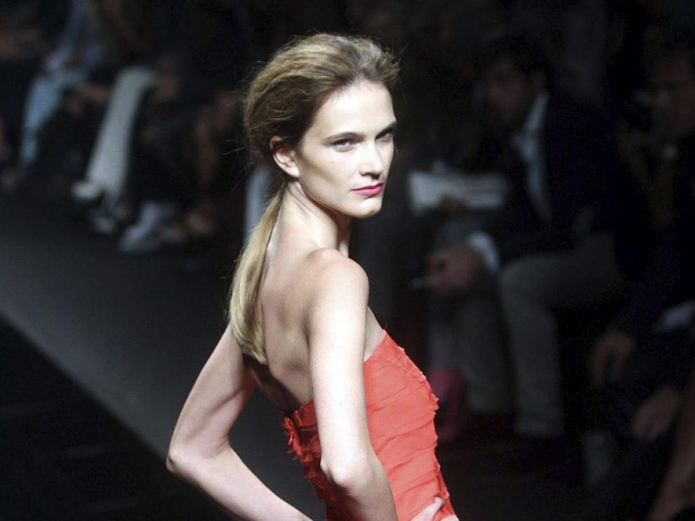 Modelos de Alberta Ferretti, John Richmond y Gucci en la semana de la moda de Milán